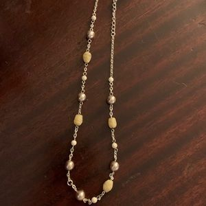 Jewelry - Multi-colored Pearl and silver necklace